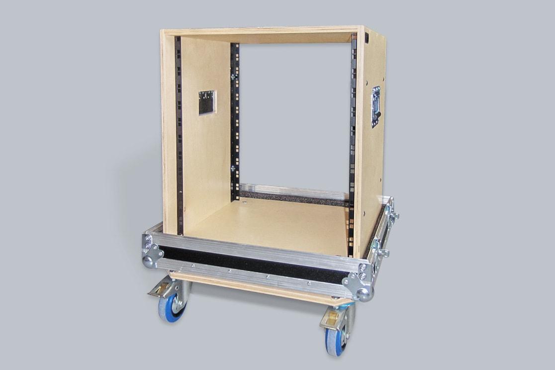 Flight case per rack con struttura rimovibile
