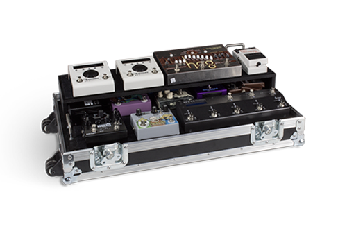 Flight case per pedalboard a due ripiani