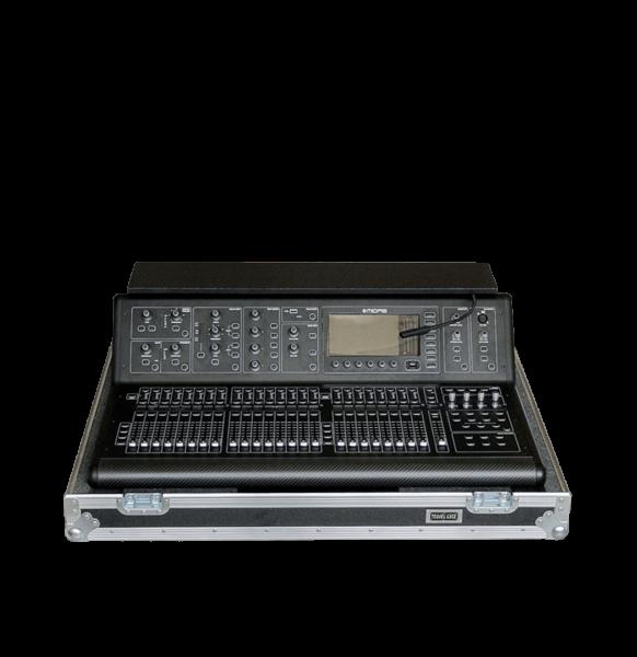 Flight case per mixer MIDAS M32