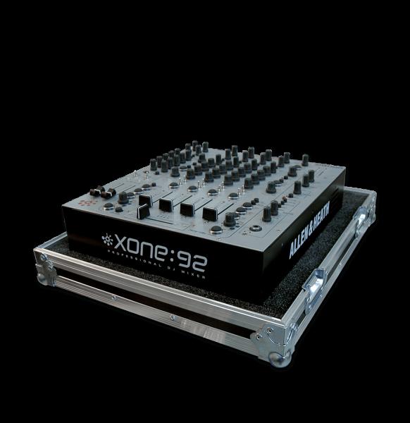 Flight case per mixer Allen & Heath Xone 92