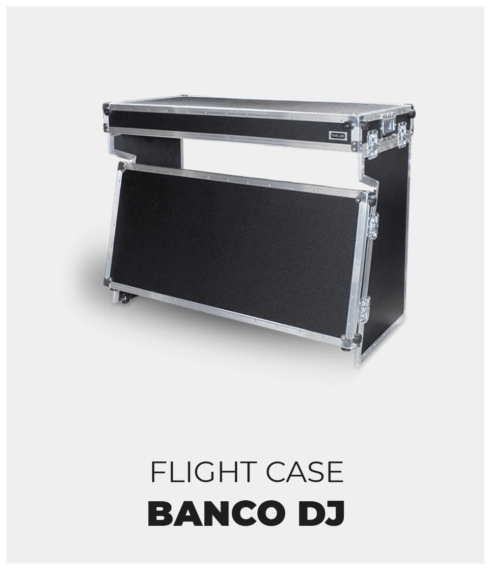 flight-case-su-misura-banco-dj