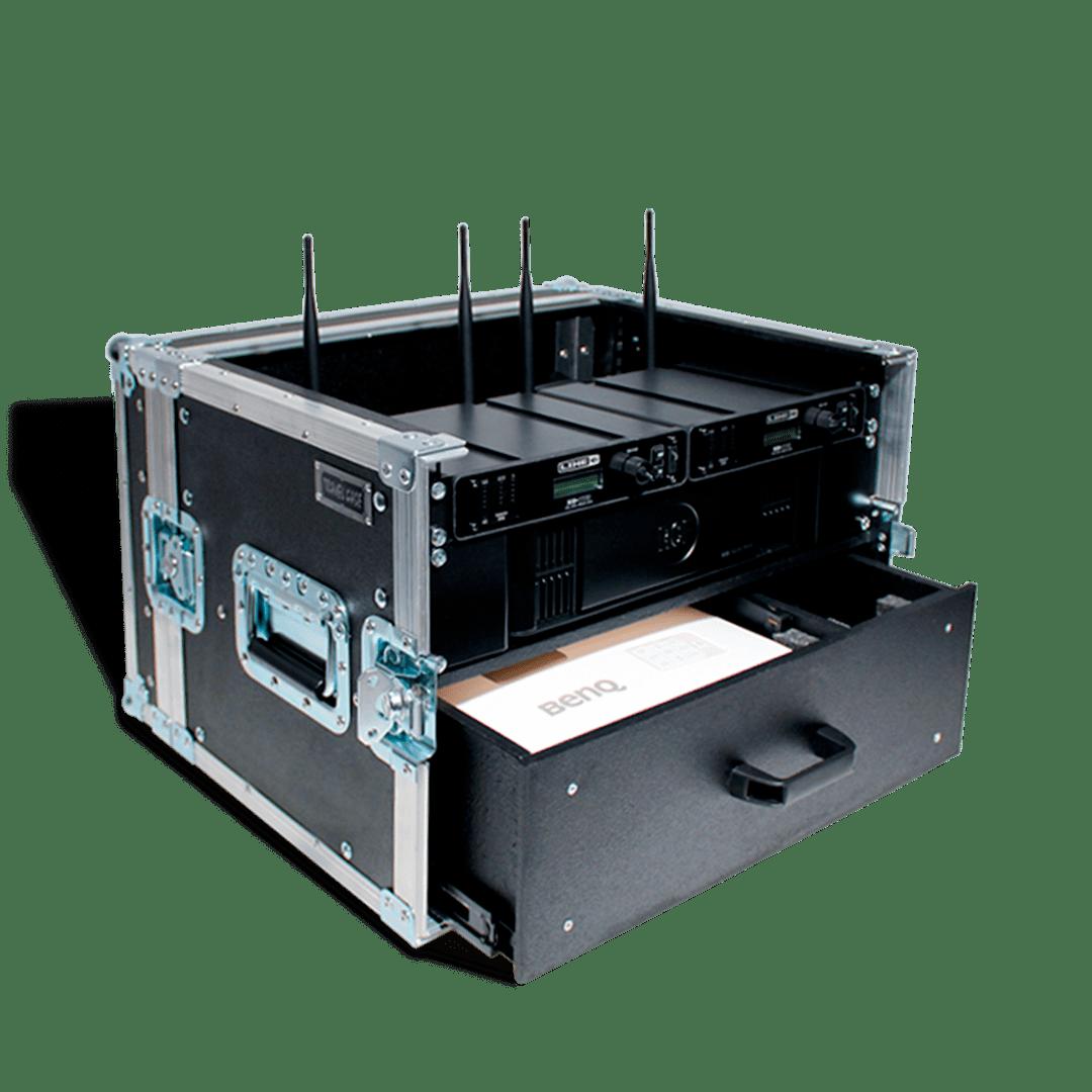 Workstation con radiomicrofoni e casseto accessori